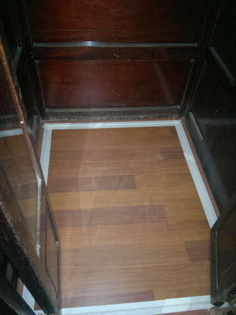 parquet laminado ascensor