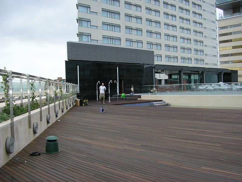 piscina terraza hilton diagonal mar (13)