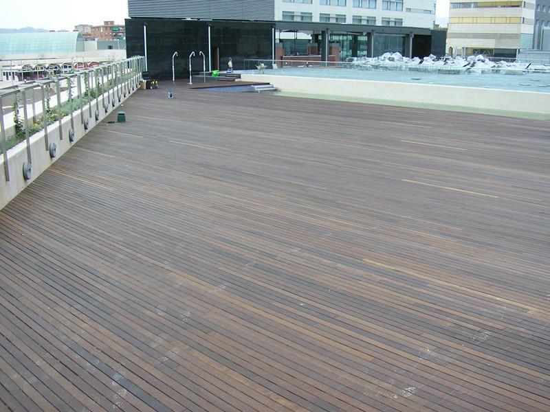 piscina terraza hilton diagonal mar (14)