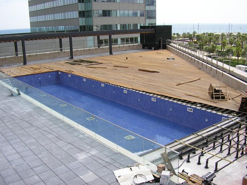 piscina terraza hilton diagonal mar (8)