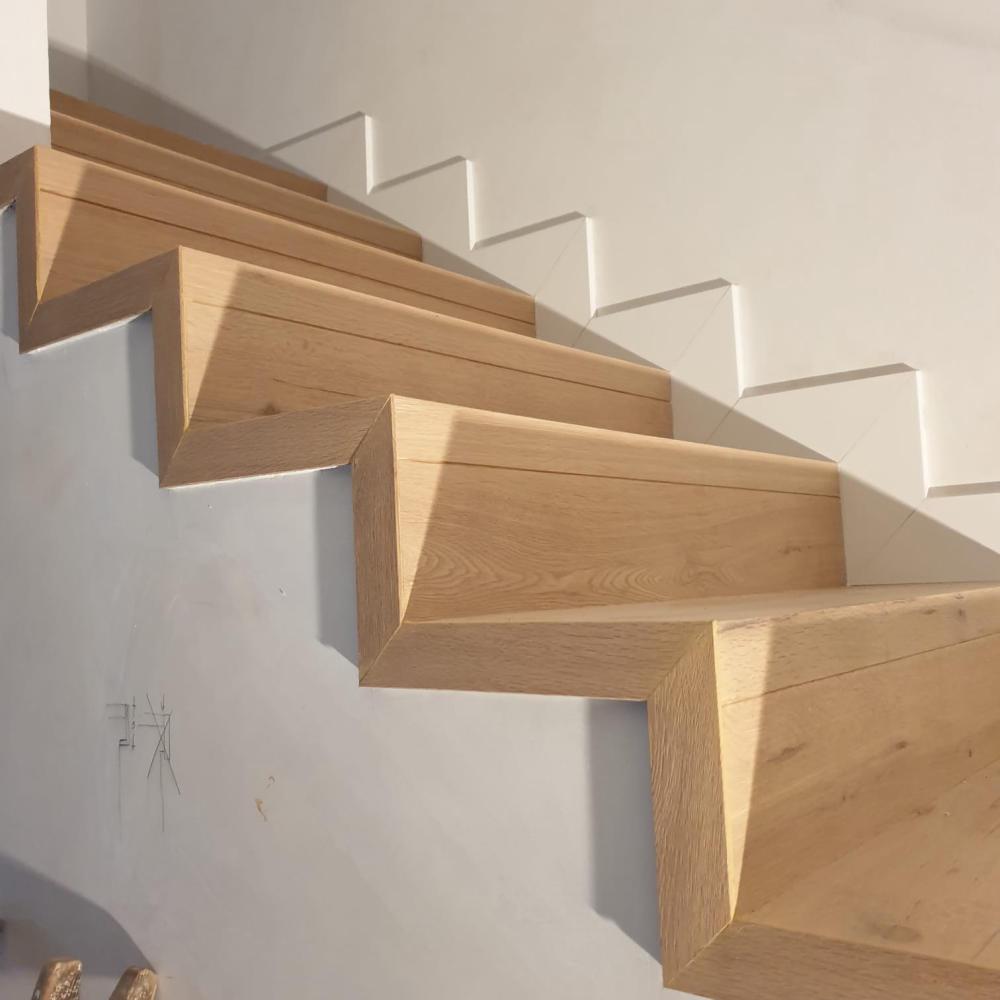duplex_escalera_madera_interior_13