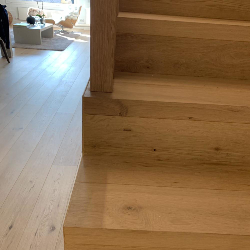 duplex_escalera_madera_interior_21