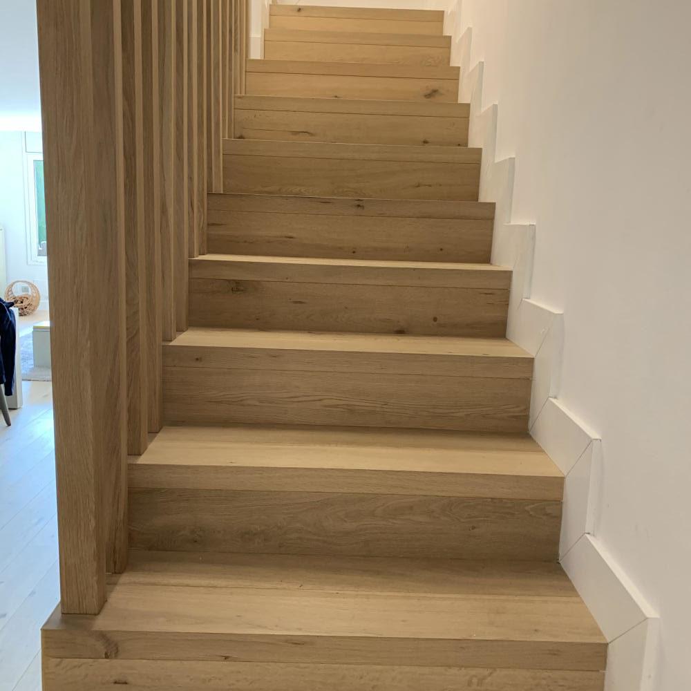 duplex_escalera_madera_interior_22