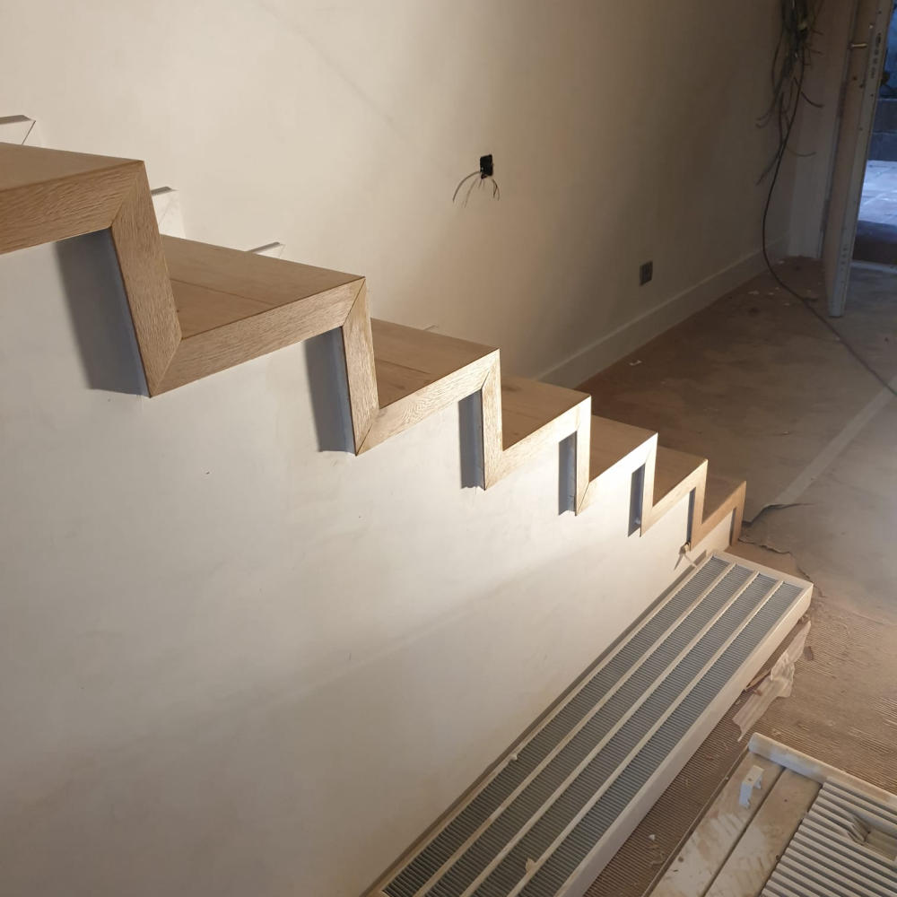 duplex_escalera_madera_interior_6